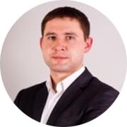 Сергей — частный инструктор по вождению