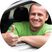Максим — частный инструктор по вождению