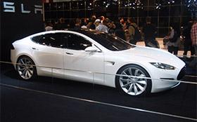 Tesla Model S уже в России