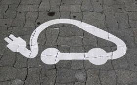 В программах обучения автошкол появятся электромобили